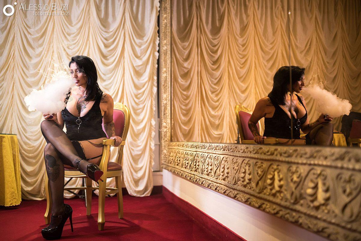 Ladymuffin 03 - QuestionsSocial Foto di Alessio Buzi